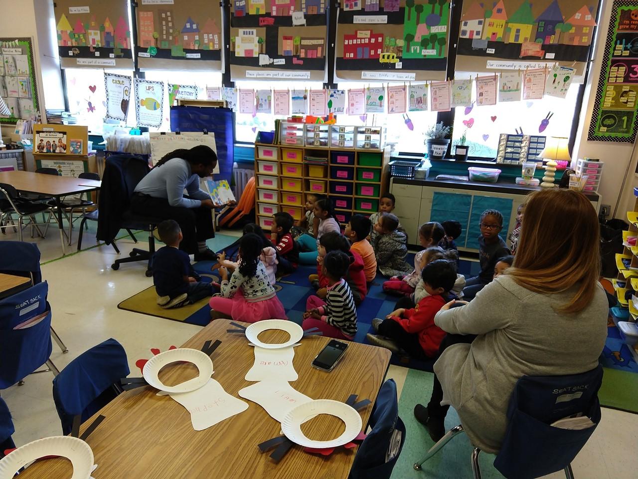 Dr. Irving Reading to Mrs. Hernandez's Kindergarten Class
